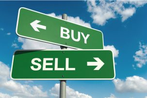 Guide to Buying and Selling at the Same Time